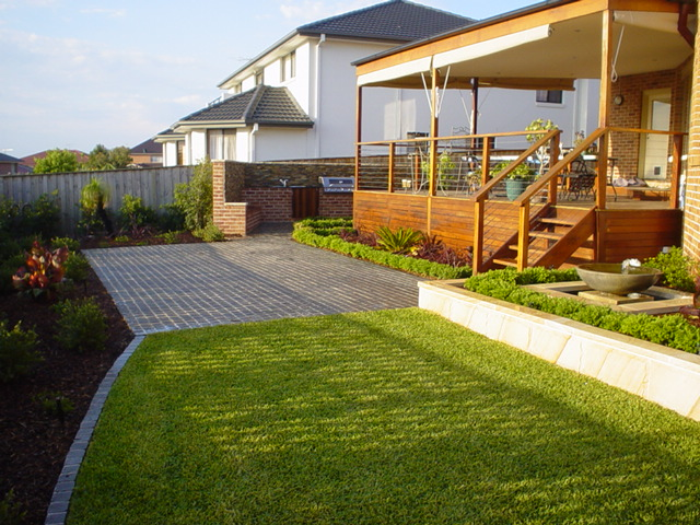 Awesome ideas for backyard design guide decorate idea for Backyard landscape design ideas